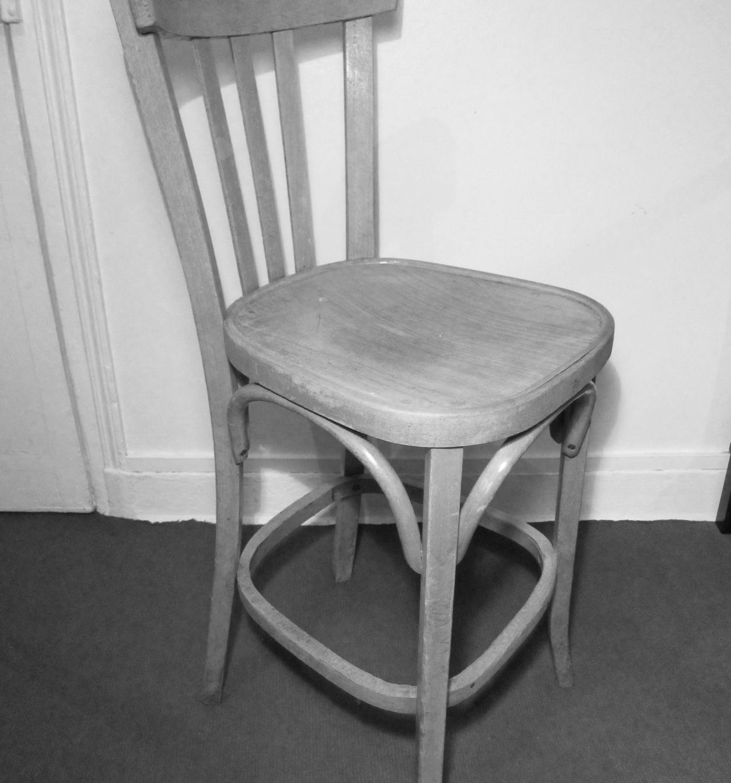 d j adopt chaise haute de bistrot style baumann les petits meubles. Black Bedroom Furniture Sets. Home Design Ideas