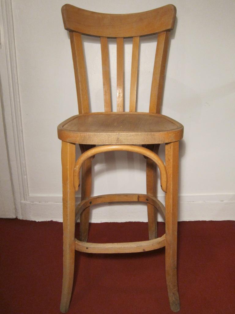 D j adopt chaise haute de bistrot style baumann les petits meubles for Evolution de la chaise