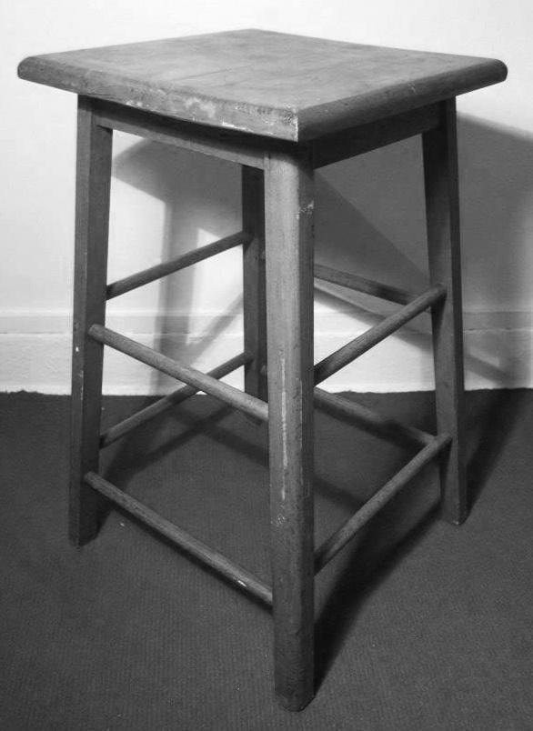 Tabouret en bois brut d'artiste, vintage