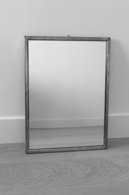 miroir metallique vintage