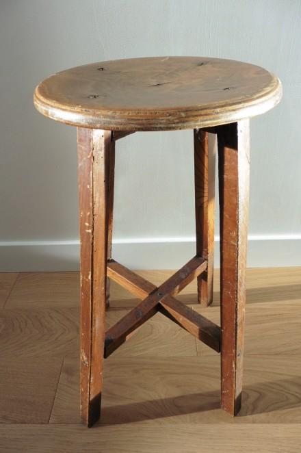 Tabouret en bois vintage, style tabouret d'artiste