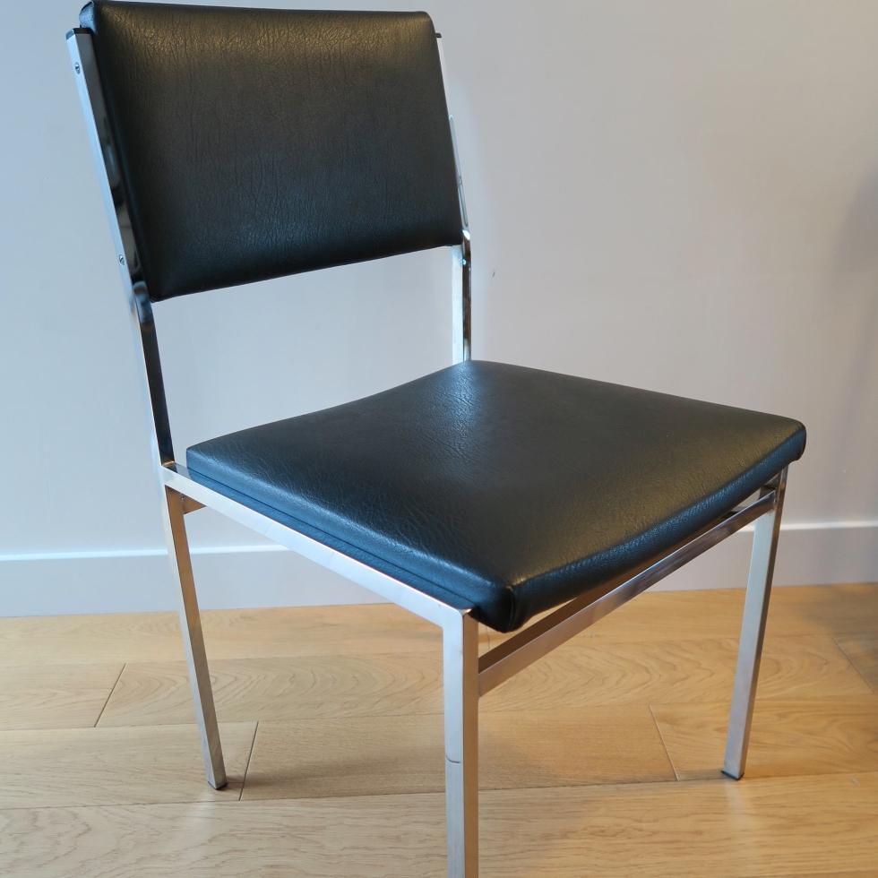 Chaise-métallique-skai-noir_HP