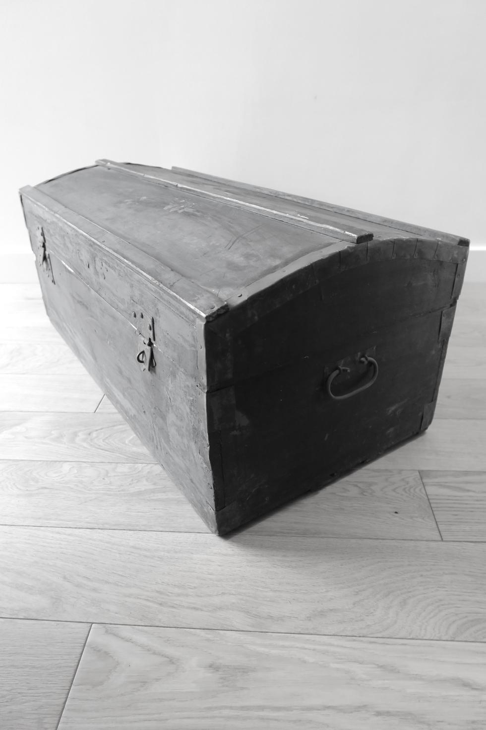 coffre bois vintage - NB
